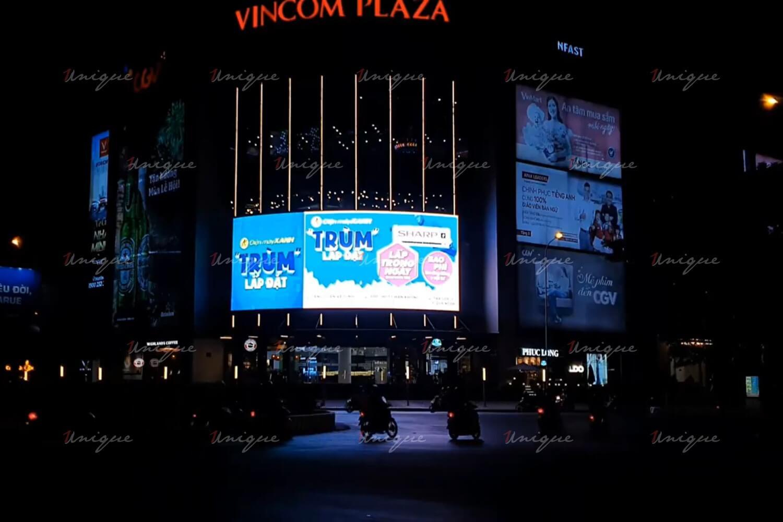 Triển khai quảng cáo màn hình Led ngoài trời quy mô lớn cho Điện Máy Xanh