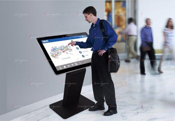 màn hình lcd chân quỳ 43 inch