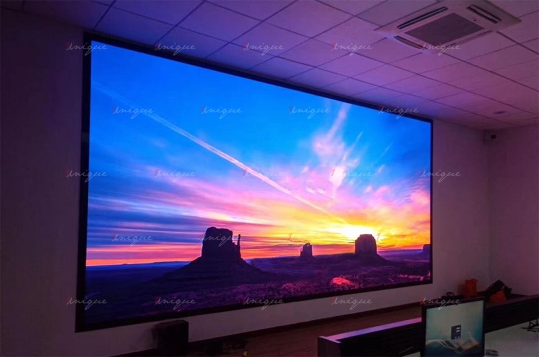 màn hình led p1.8 trong nhà