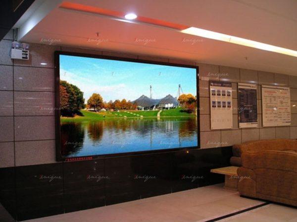 Màn hình LED P5 trong nhà