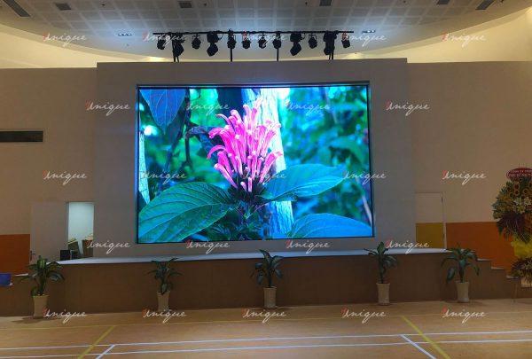 Màn hình LED P1.37 trong nhà