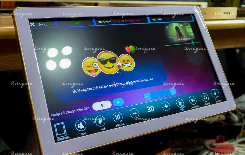 màn hình karaoke